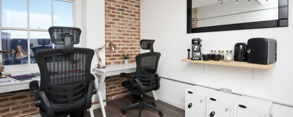 Hot Desking Desk Space